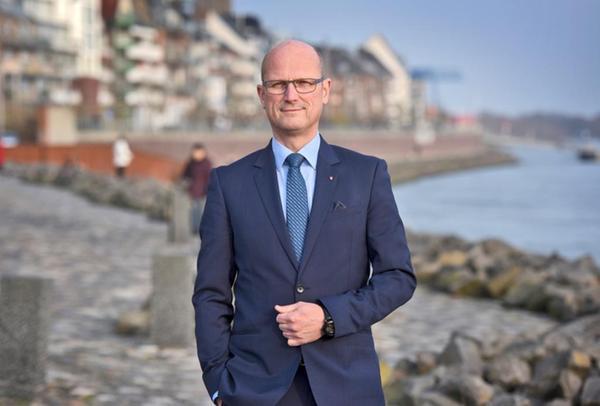 Stadt Emmerich Bürgermeister Und Stellvertreter